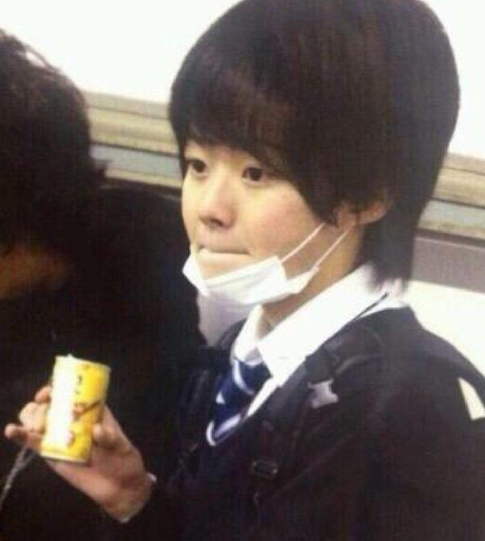 大橋和也の小学生の卒アル写真2